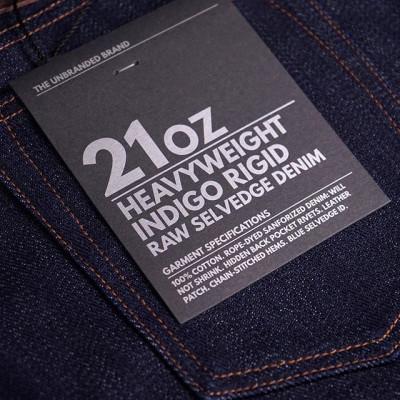 New in store: Пополнили размеры джинсов Unbranded Brand в дениме 14.5 и 21 унция. Для производства использован старомодный японский селведж деним из 100% хлопка. Нити основы окрашены канатным методом индиго-красителем. Все основные швы прошиты машинкой цепного стежка, а задние карманы дополнены скрытыми заклепками. Представлено несколько практичных видов кроя, которые разработаны на основе моделей Naked and Famous. 14.5 Oz Indigo Selvedge - 6500 рублей 21 Oz Indigo Selvedge - 9500 рублей  Доступны в магазине, онлайн - https://zefear.ru/37-the-unbranded-brand 📍Санкт-Петербург, ул. Мира, 5 ☎ +7 963 346 14 38 (12-21)  #Zefear #Selvedge #Selvage #Japanesedenim #Nakedandfamous #Nakedandfamousdenim #NakedandFamousZefear #TheUnbrandedBrand #UnbrandedBrand #RopeDyed #UB221 #UB201 #UB301 #Tapered #21ozSelvedge #vintage #vintagedenim #heritage #menswear #mensfashion #rawselvedge #21oz #indigodye #saintpetersburg #jeans #denim