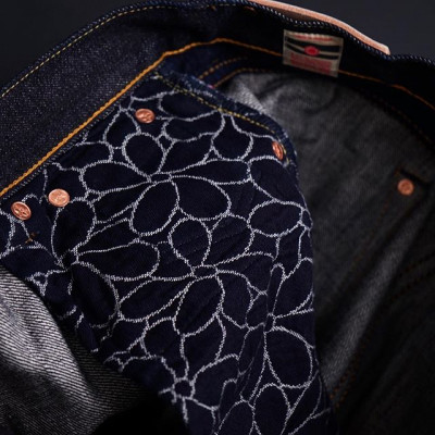 Momotaro Jeans x Zefear ZnM001 Regular Slim Tapered 18 Oz Selvedge One Wash Сделано в Окаяме, Япония, специально для магазина Zefear, Санкт-Петербург Hand Made in Okayama, Japan! 22480 рублей  Онлайн - Zefear.ru 📍Санкт-Петербург, ул. Мира, 5 ☎ +7 963 346 14 38 (12-21)  #Zefear #Momotaro #MomotaroJeans #Selvedge #Selvage #zimbabwecotton #casualstyle #санктпетербург #japanesedenim #vintagestyle #saintpetersburg ##японскийденим #copperlabel #0605C #momotaro0605 #taperedfit #okayamamade #handcrafted #handmade #peachselvedge #momotaroxzefear